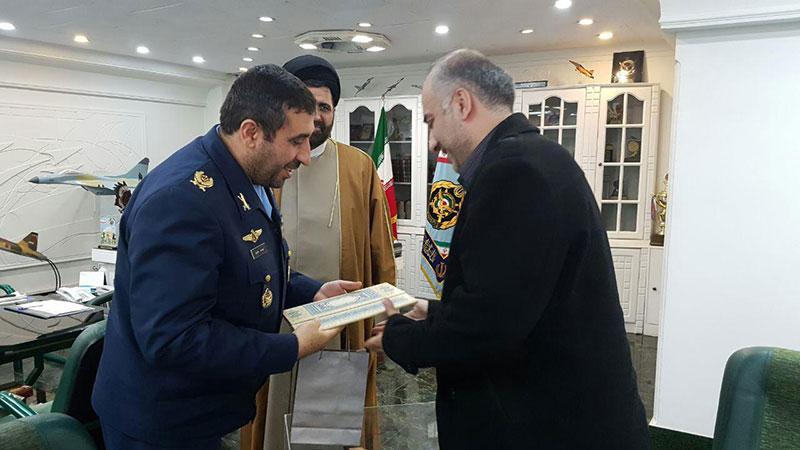 تقدیر از مستند «پر سیمرغ» در دانشگاه هوایی شهید ستاری