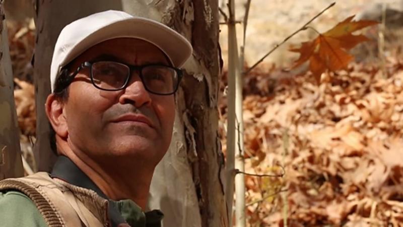 داستان یک هنرمندِ شکارچی که حامیِ محیط زیست شد، در مستند «خودساخته»