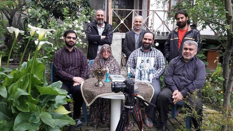 مستند «پرندهها درخت را فراموش نمیکنند»، بر روی میز تدوین